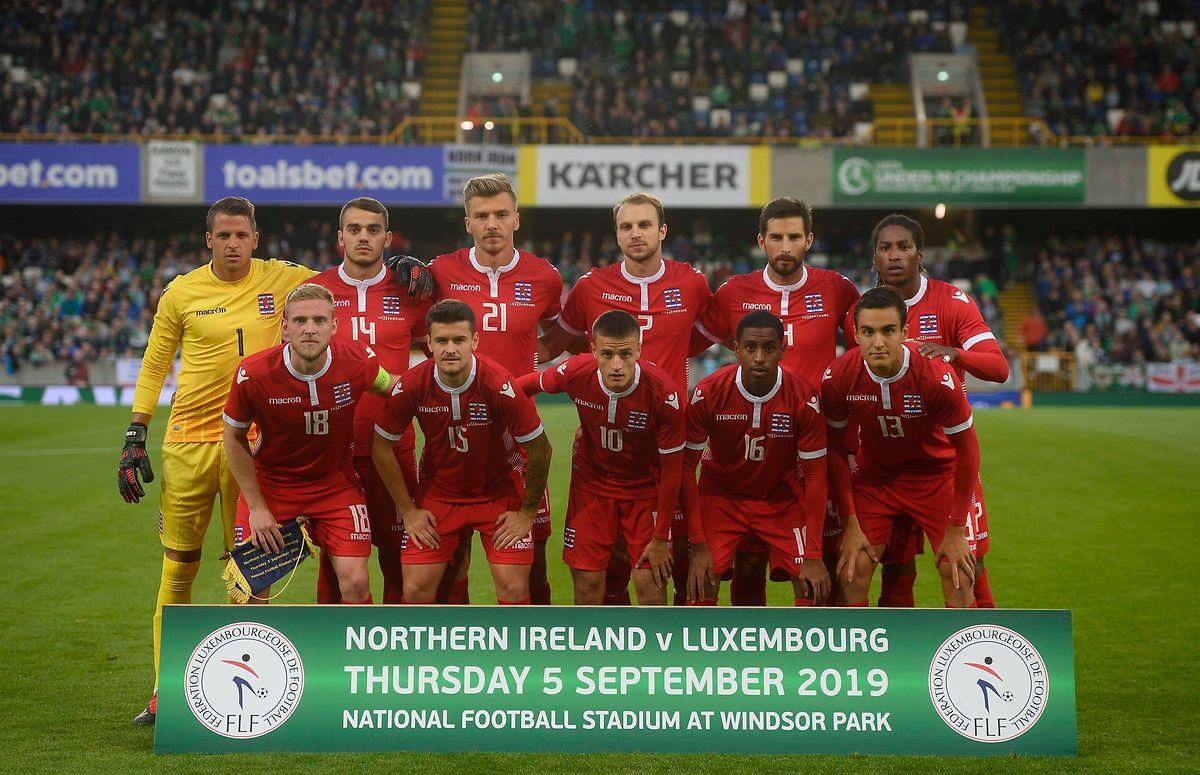 Die Luxemburger Mannschaft vor dem Spiel gegen Nordirland.