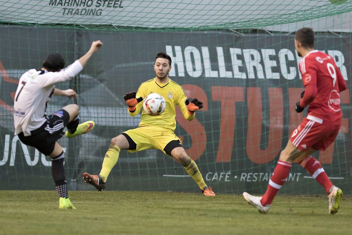 Ken Corral et la Jeunesse a mené 0-2 face au RM Hamm de Chris Clement mais les Aigles sont parvenus à rétablir le score de parité.