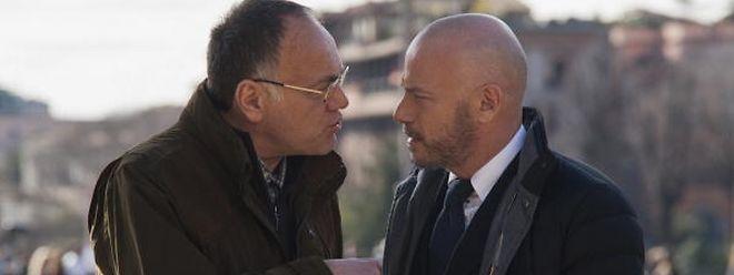 """Der """"Samurai"""" (li., Francesco Acquaroli) hat es auf den idealistischen, aber ehrgeizigen Politiker Cinaglia (Filippo Nigro) abgesehen."""