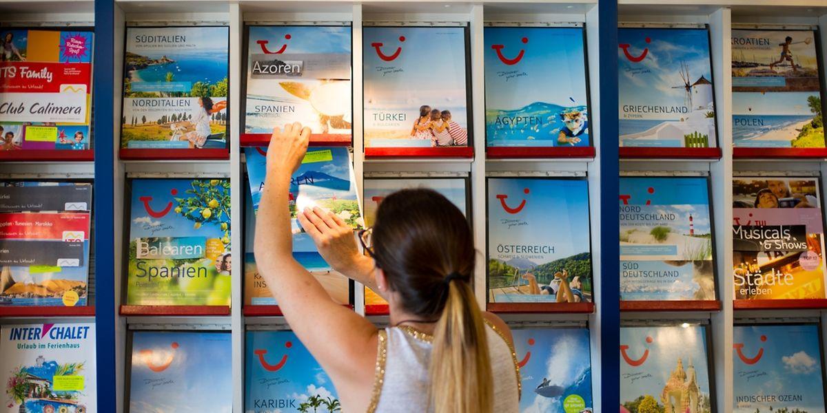 Wo soll es hingehen? In Reisebüros gibt es eine große Auswahl an Pauschalreisen.