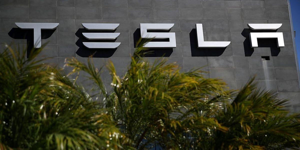 """Dem Bericht des """"Wall Street Journal"""" nach ist Tesla der erste ausländische Autohersteller, der eine Fabrik in komplettem Eigenbesitz in Shanghai bauen darf."""
