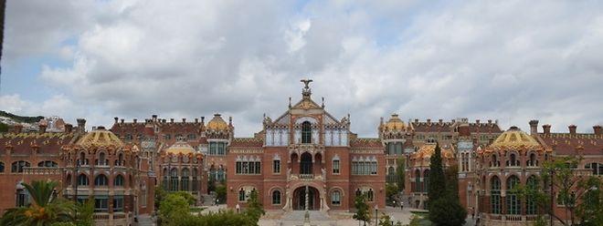 Hospital de la Santa Creu i Sant Pau, Barcelona (Architekt: Lluis Domènech i Montaner).