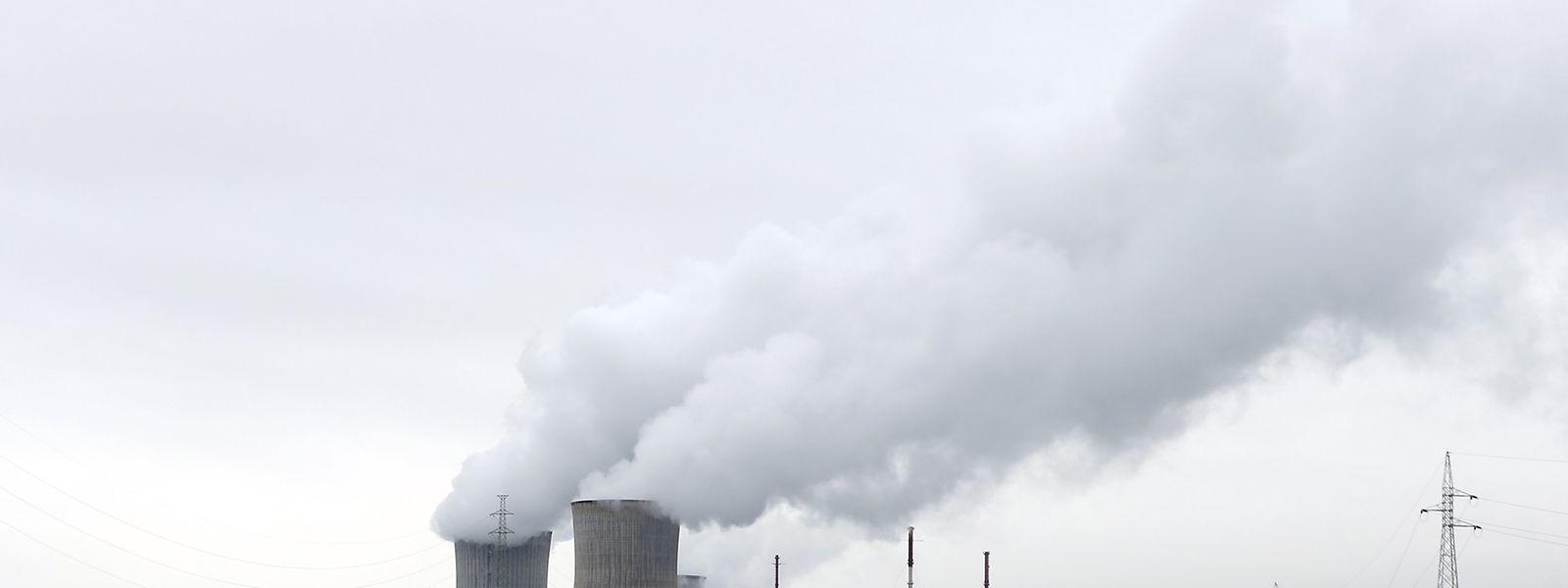 An der Sicherheit des belgischen Atommeilers Tihange bestehen Zweifel.