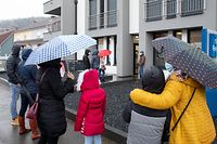Lok , Steinsel , Schule wegen Covid schlossen , Kinder müssen in den Test , Andrang wegen Test , Picken Doheem Heisdorf , Foto:Guy Jallay/Luxemburger Wort