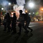 EUA. Manifestante atropelada em Hollywood num protesto contra o racismo