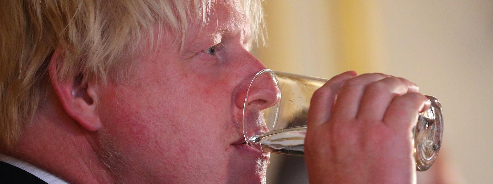 """Der britische Außenminister sieht sein Land vor einer """"glorreichen"""" Zukunft außerhalb von EU."""