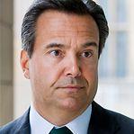 Há um banqueiro português entre os mais bem pagos do mundo