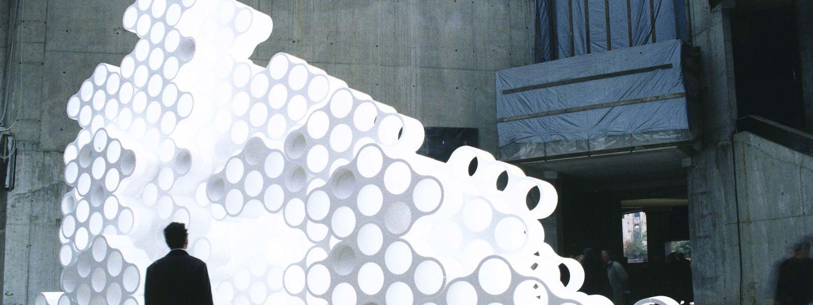 2002: Ein Kunststoffplastik der Gebrüder Bouroullec zog im noch unfertigen Mudam-Foyer die Blicke auf sich.