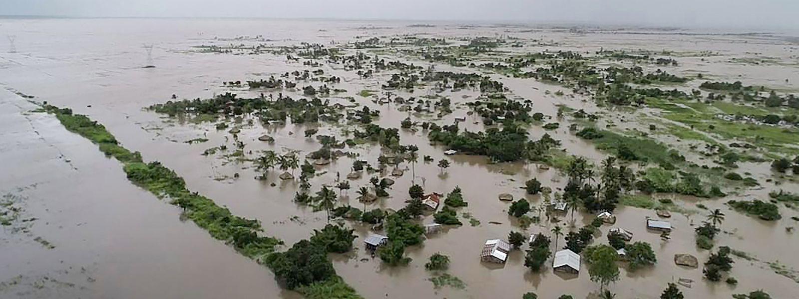 O ciclone Idai, que atingiu o centro de Moçambique em março, provocou 604 mortos e afetou cerca de 1,5 milhões de pessoas.