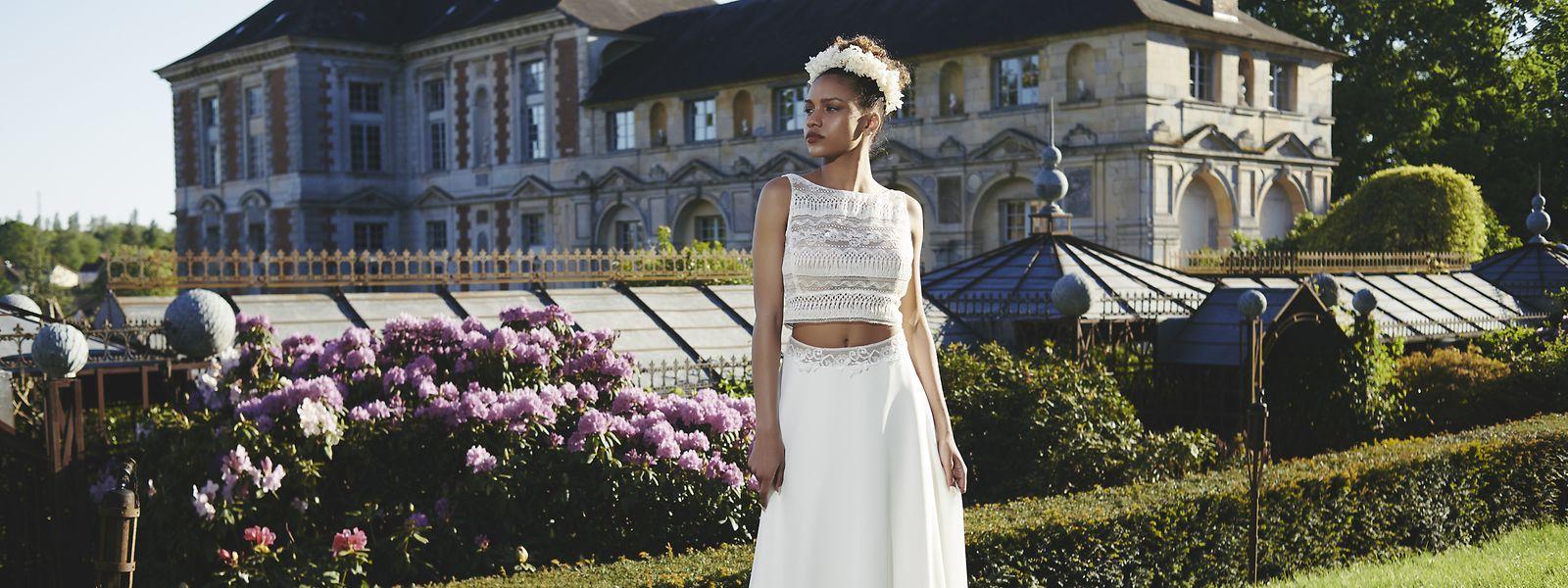 Das zweigeteilte Brautkleid mit Top und Rock - das ist ein neuer Trend in der Brautmode. Nach der Hochzeit kann man den Zweiteiler - getrennt voneinander - nämlich nochmals tragen.