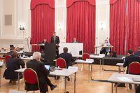 Politik, Chambre des Députés - Frantz Fayot, débat coopération. Foto: Chris Karaba/Luxemburger Wort