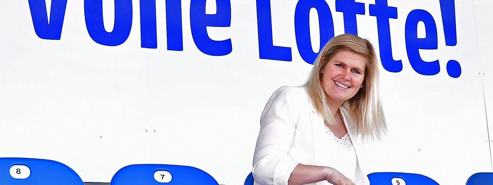 Volle Lotte: Imke Wübbenhorst freut sich auf die Spiele im Stadion am Lotter Kreuz. Foto: Manfred Mrugalla