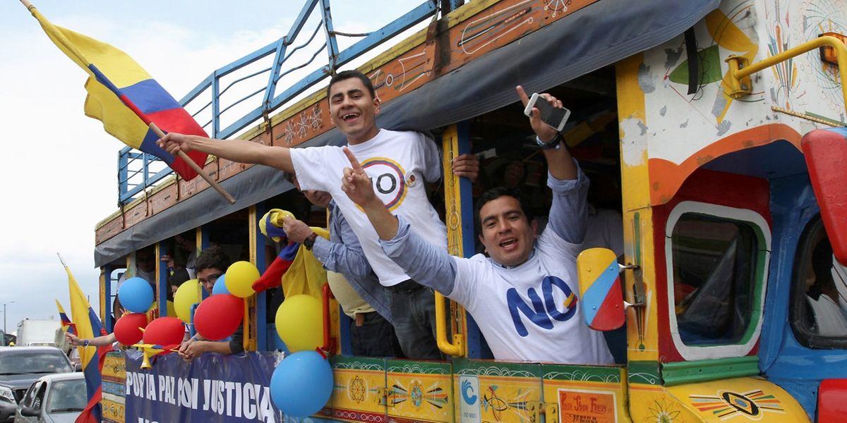 """Unterstützer des """"Nein"""" beim Referendum über das Farc-Abkommen."""
