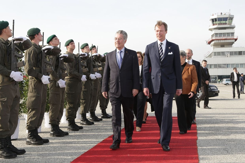 Offizielle Abschiedszeremonie mit dem Staatspräsidenten Heinz Fischer.