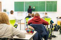 Für die Gewährleistung des Schulbetriebs wurde gesorgt; das außerschulische Dasein der Kinder und Jugendliche wurde vernachlässigt.