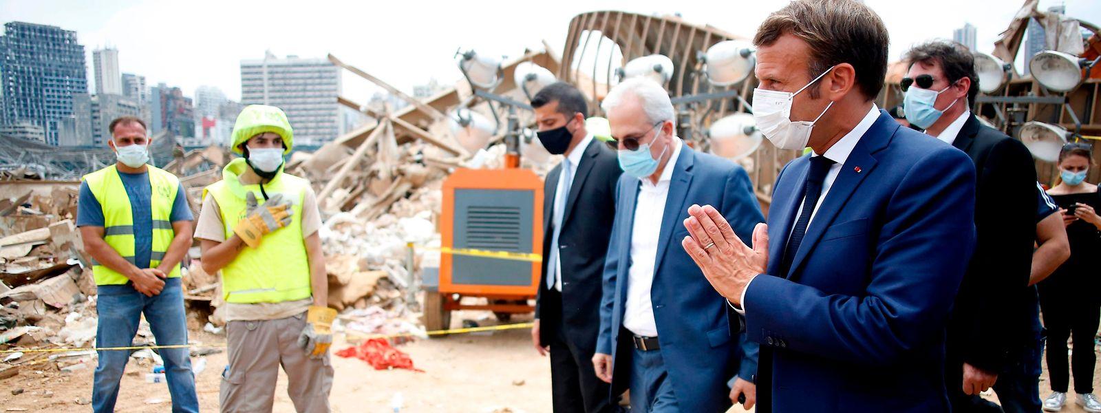 """Die frühere Kolonialmacht will """"umfassend helfen"""", versprach Frankreichs Staatschef Emmanuel Macron gestern bei seinem Besuch in der libanesischen Hauptstadt Beirut."""