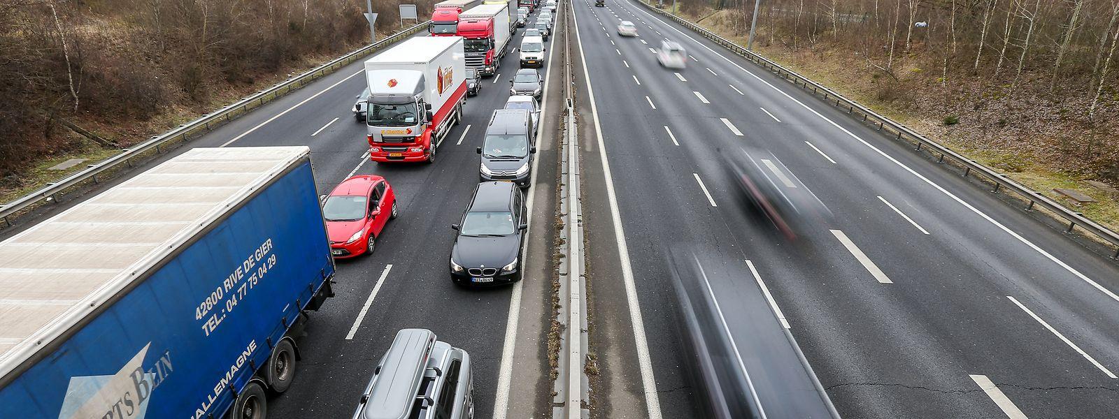 C'est principalement dans le domaine des transports que la réduction sera la plus sensible, avec 2.226 milliers de tonnes d'émissions de moins d'ici 10 ans.