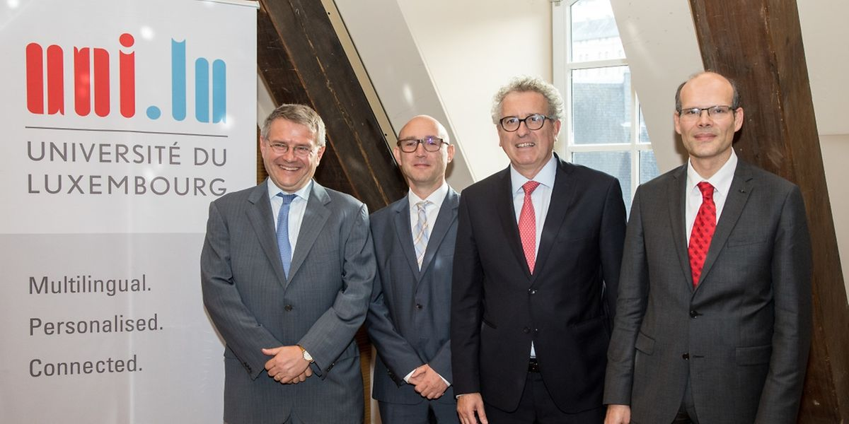 Andrei Shleifer, Roman Kräussl, Pierre Gramegna und Jang Schiltz (v. r. n. l.) nahmen an der Veranstaltung teil.