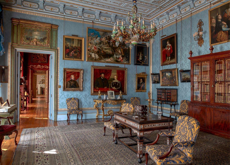 Der Palacio de Liria in Madrid ist ein kunsthistorisches Juwel. Seit September steht der neoklassizistische Bau, der vom Herzog von Alba bewohnt wird, bei Führungen dem Publikum offen.