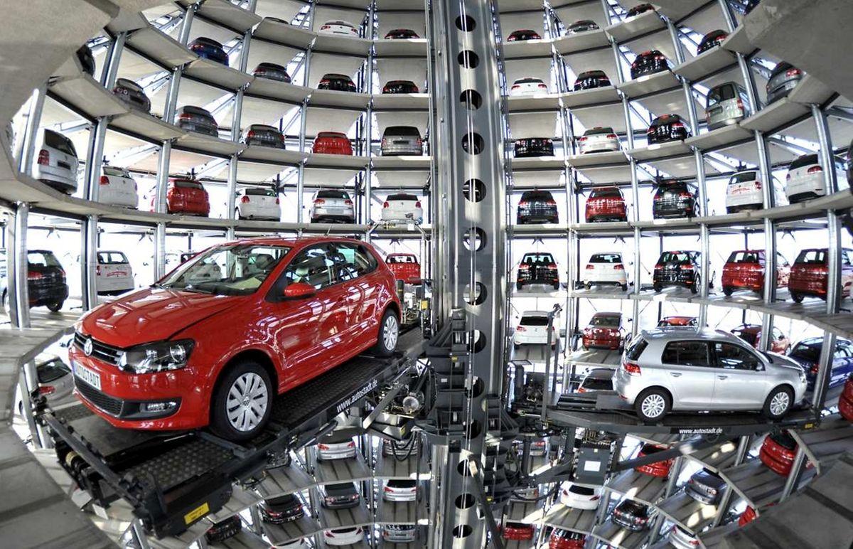 """Volkswagen hat eingeräumt, dass es bei insgesamt rund 11 Millionen Fahrzeugen weltweit """"Abweichungen"""" gebe."""