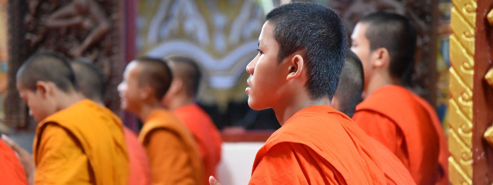 Für Anuvong und viele weitere Jugendliche ist das Leben im Kloster ein Ausweg aus der Armut.