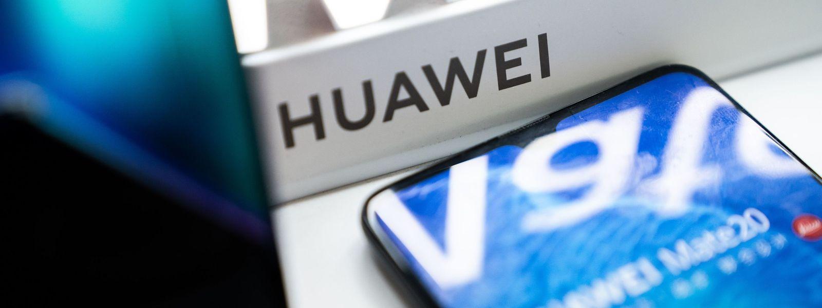 Huawei ist ein führender Ausrüster von Mobilfunk-Netzen unter anderem in Europa und der zweitgrößte Smartphone-Anbieter der Welt.