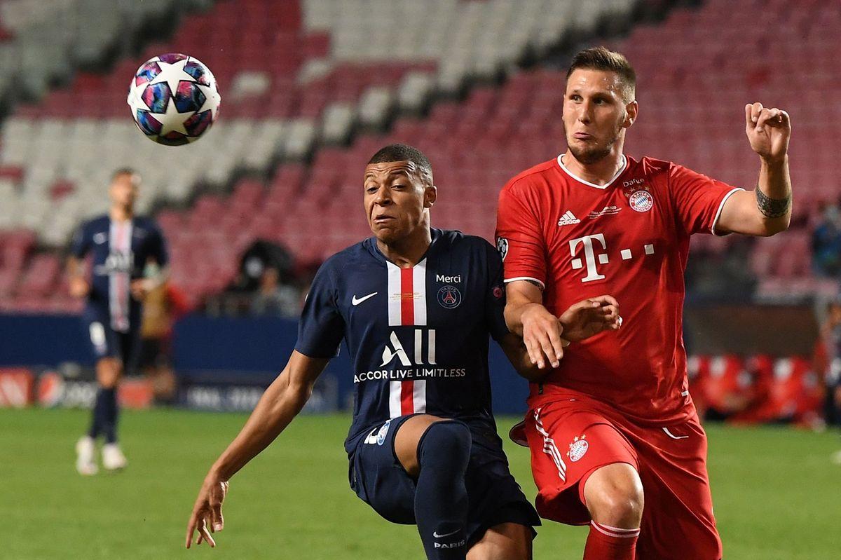 Kylian Mbappé (l.) kann sich nur selten gegen die Bayern um Niklas Süle durchsetzen.