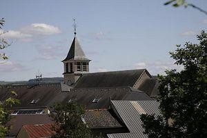 """Auch der  """"Hinnschen"""" der Greiweldinger Kirche wird erneuert."""