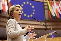 European Commission President Ursula Von Der Leyen speaks during a debate on the next EU council and last Brexit devlopement during a plenary session at the European Parliament in Brussels on November 25, 2020. (Photo by Olivier HOSLET / POOL / AFP)