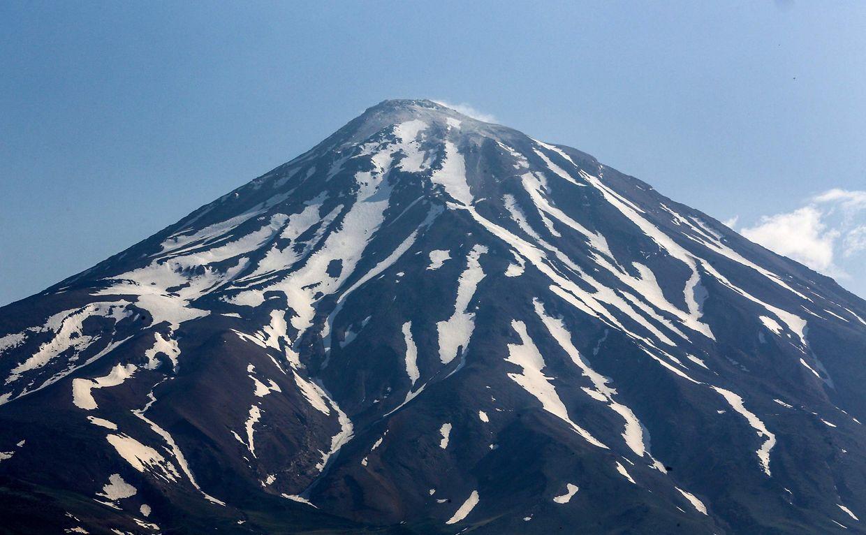 Der Mount Damavand im Iran gehört fortan ...