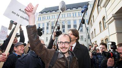 A son arrivée au tribunal le 26 avril bénéficiait d'un certain soutien populaire. Quel sort lui réserve le juge luxembourgeois?