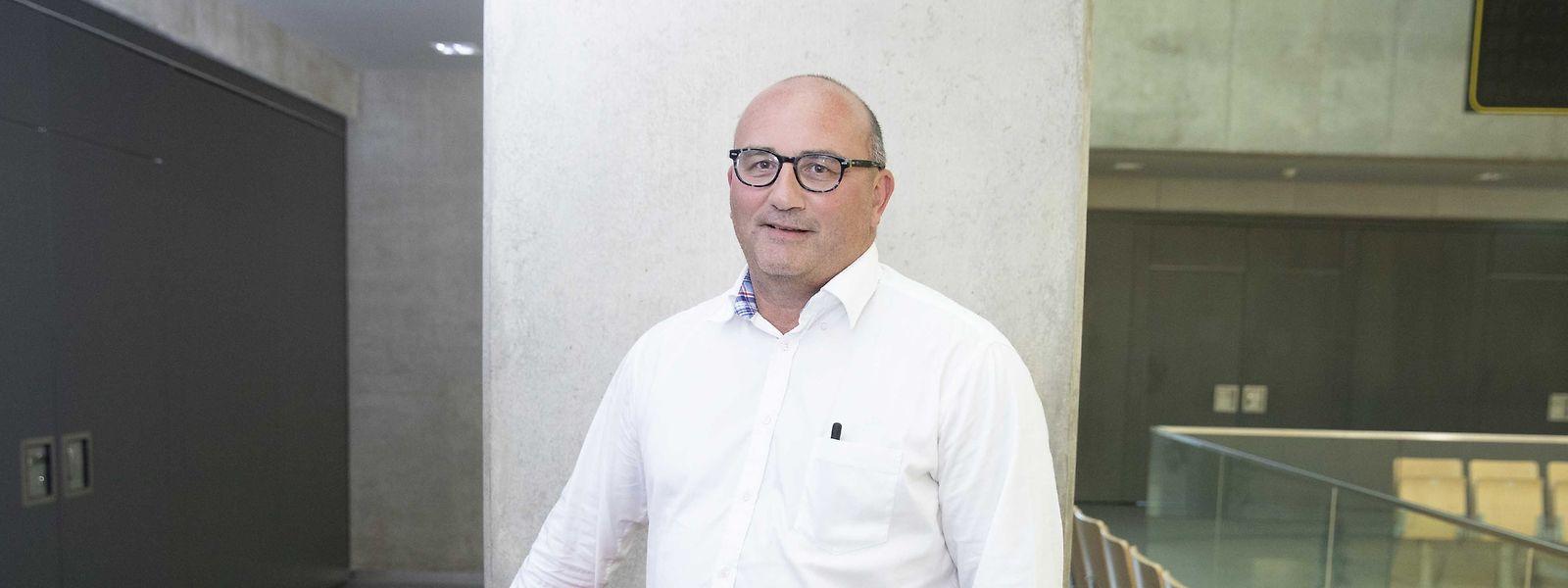 Frank Arendt ist mit der Entscheidung der anderen Vorstandsmitglieder nicht einverstanden.