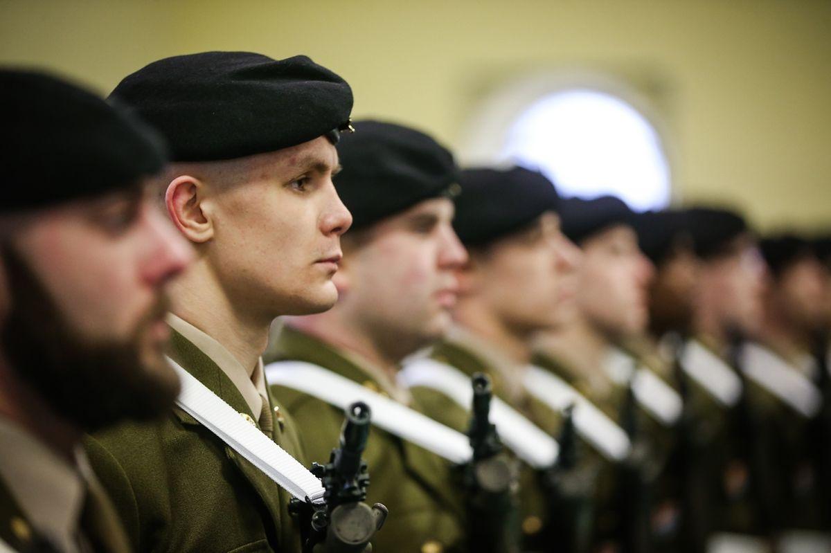 Während vier Monaten mussten sich die Sportler der gleichen Ausbildung unterziehen wie alle anderen Kandidaten auf eine Aufnahme in der Armee auch.