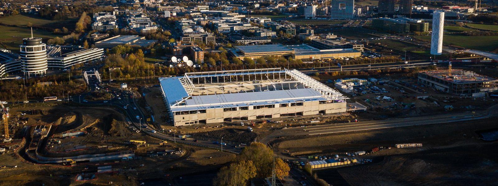 Le nouveau stade national de football et de rugby à la périphérie de la capitale