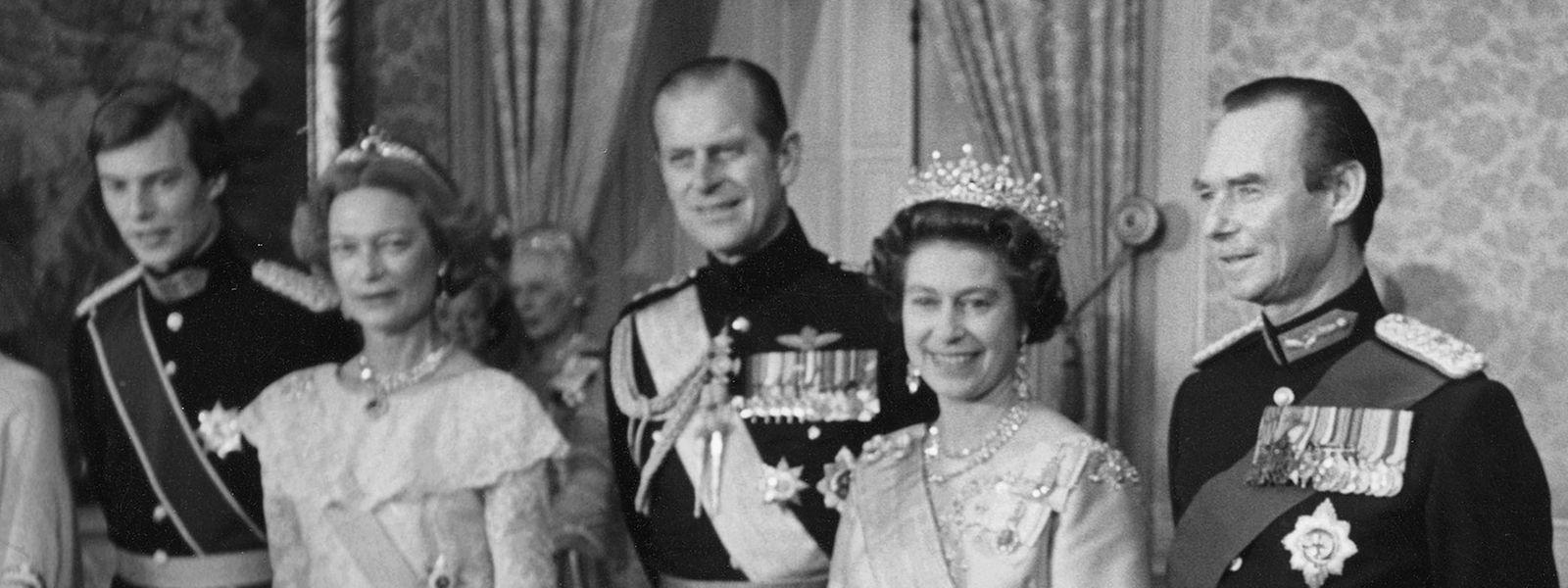 Staatsbesuch in Luxemburg im November 1976 (v.l.n.r.): Prinz Henri, Großherzogin Josephine-Charlotte, Prinz-Regent Philip, Königin Elizabeth II. und Großherzog Jean
