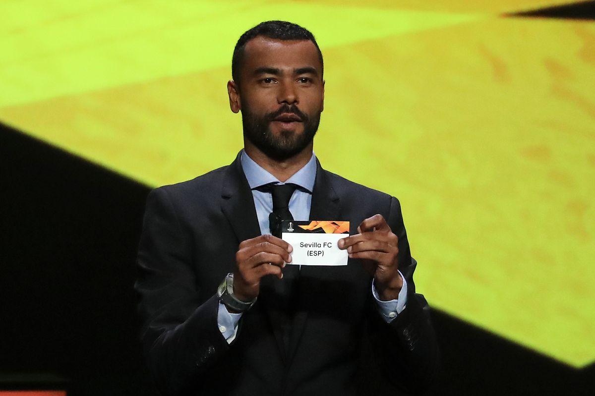 L'ancien international anglais Ashley Cole vient d'ouvrir la petite boule du FC Séville