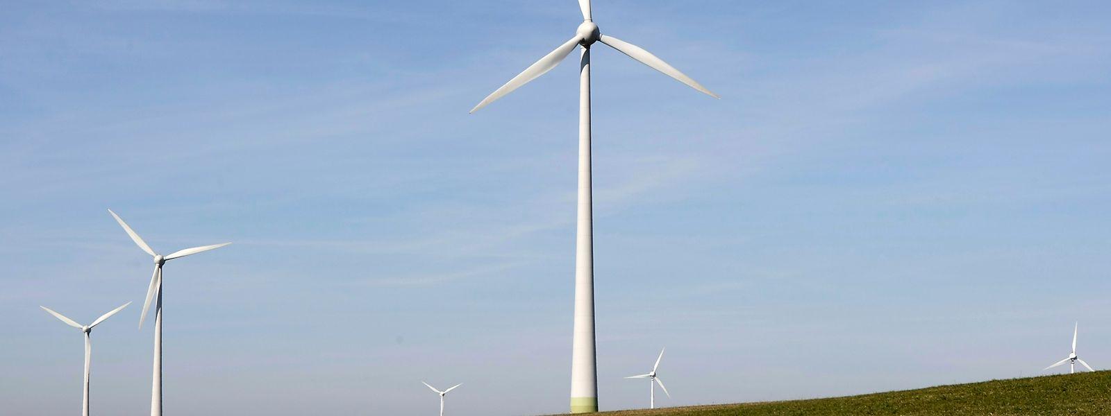 Mit dem notwendigen Abstand zu Wohngebieten machen Windräder keinerlei Probleme.