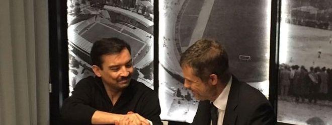 Jean-Paul Duarte (à g.), président de l'Union Titus Pétange, et Jùlio Mendes (Vitória Guimarães) ont scellé leur collaboration le jeudi 11 février dernier.