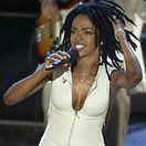 Lauryn Hill em concerto no Luxemburgo a 14 de dezembro