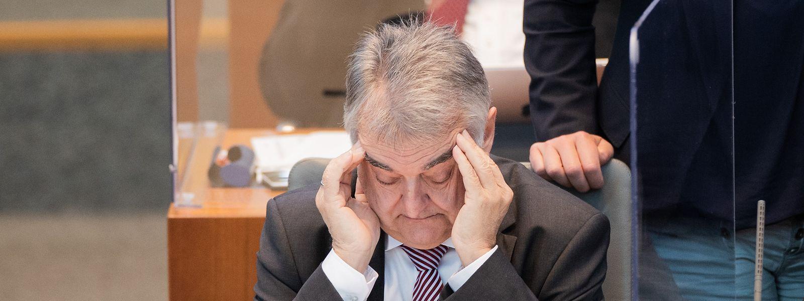 """NRW-Innenminister Herbert Reul (CDU) verspricht eine Klärung """"bis ins kleinste Detail""""."""