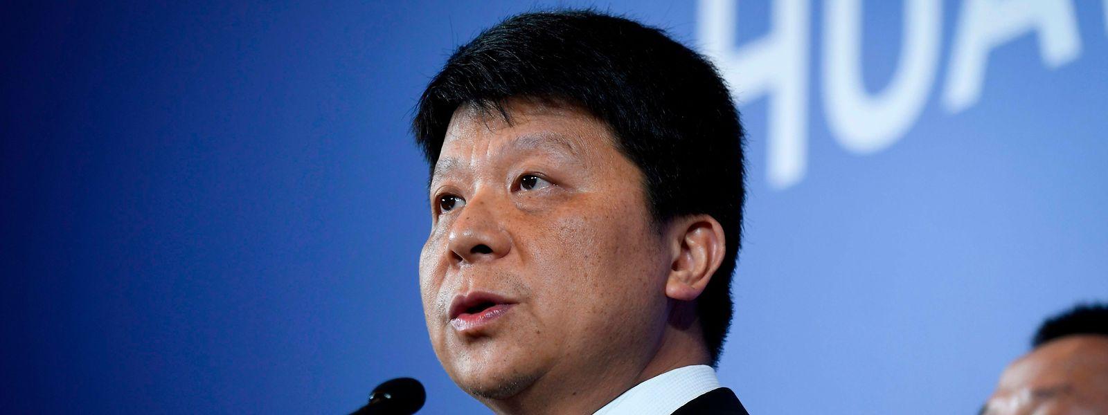 """Huawei's amtierender Chef Guo Ping will """"Ablenkungen von außen abschütteln""""."""