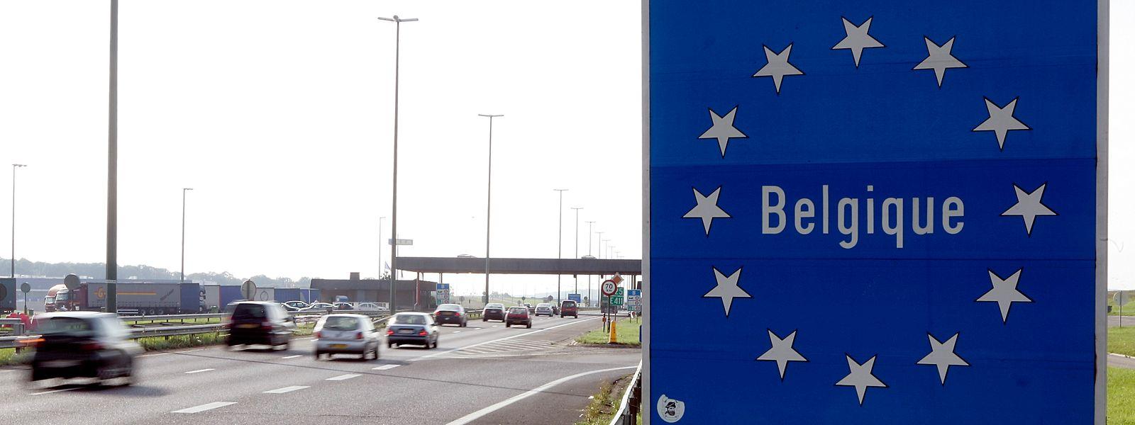 Concrètement, le passage du Luxembourg en zone orange n'entraîne aucune incidence sur les déplacements des travailleurs frontaliers belges