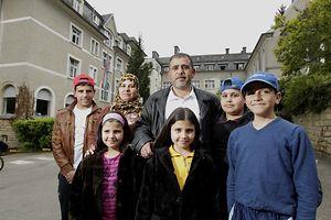 15.05.24 syrische Fluechtlinge in   Luxemburg, Weilerbach, Foto: Marc Wilwert