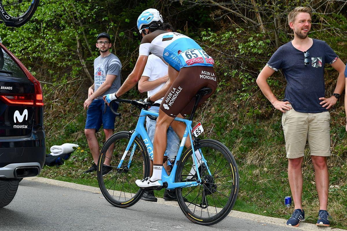 Ben Gastauer (Ag2r) musste in der Côte de la Ferme Libert abreißen lassen und beendete das Rennen vorzeitig.