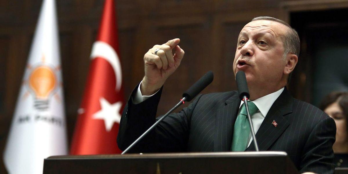 """""""Unsere Kriegsschiffe, Luftstreitkräfte haben die Befugnis, wenn nötig, jede Art von Eingriff zu unternehmen"""", sagte der türkische Staatspräsident Recep Tayyip Erdogan."""
