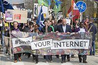 Europawait Demonstratiounen geint EU-Urheberrechtsdirektiv, Artikel 13, Place de l Europe, Kirchberg, Luxembourg-Kirchberg, 23.03.2019, Foto: Laurent Ludwig