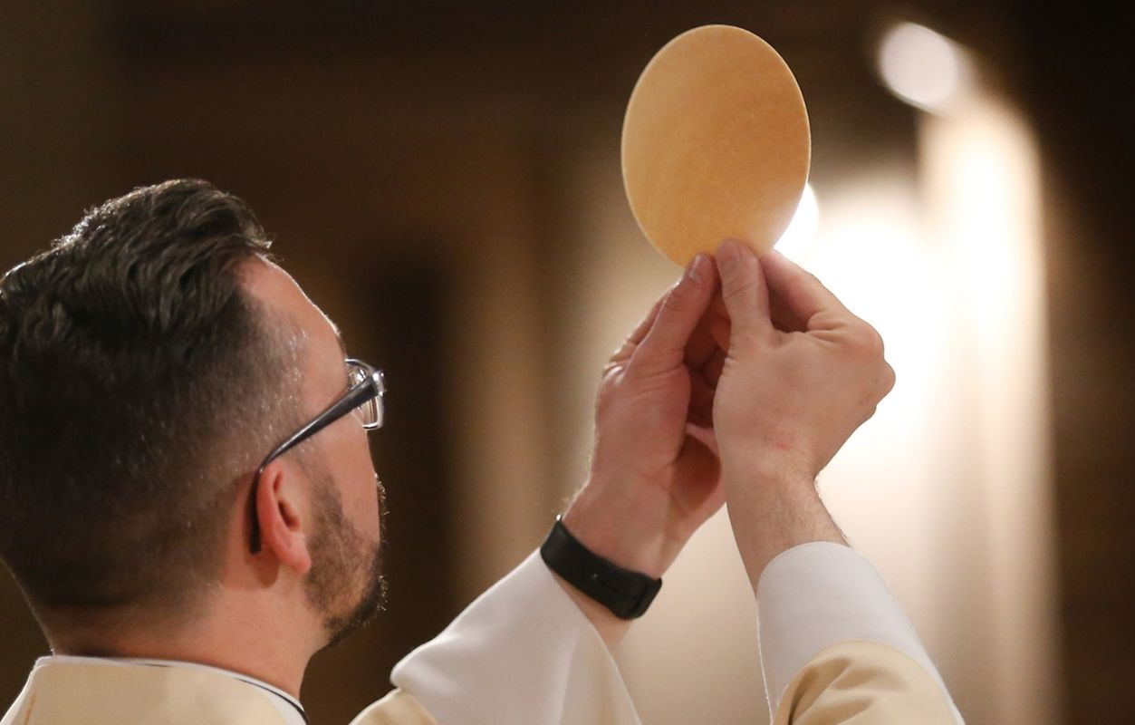 """Messe für die neue Pfarrei """"Dräilännereck Musel a Ganer Saint-Nicolas"""""""