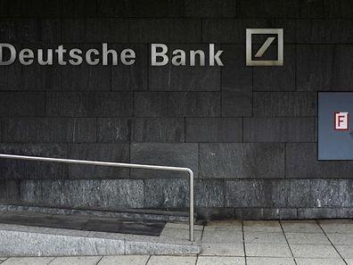 Os Estados Unidos pedem o pagamento de uma multa de 12,5 mil milhões de euros.