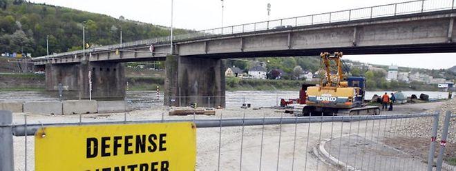Nur noch wenige Tage können Autofahrer die Moselbrücke benutzen. Ab Dienstag wird sie gesperrt.