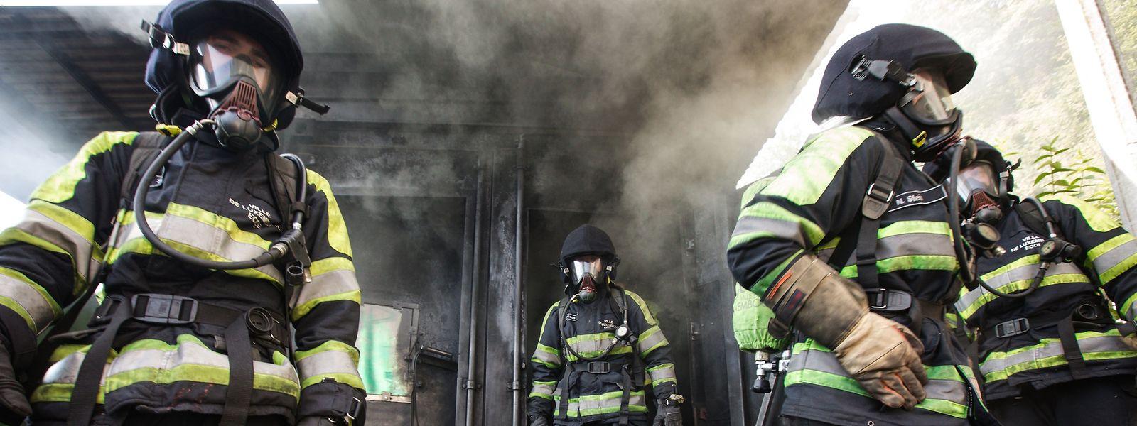 Bei der Einstellung von hauptberuflichen Rettungskräften haben freiwillige Helfer Vorrang.